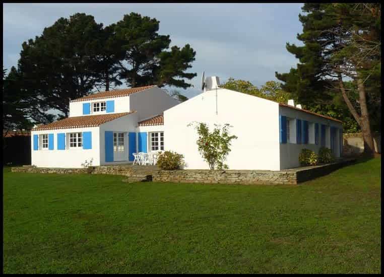 ile d 39 yeu location villa la f 39 nouil vacances de reve vend e fr. Black Bedroom Furniture Sets. Home Design Ideas